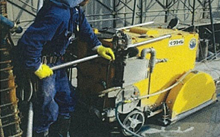 ダイヤモンド工法 切断機/油圧ユニット/ダイヤモンドワイヤー 道路カッターによるスラブ切断
